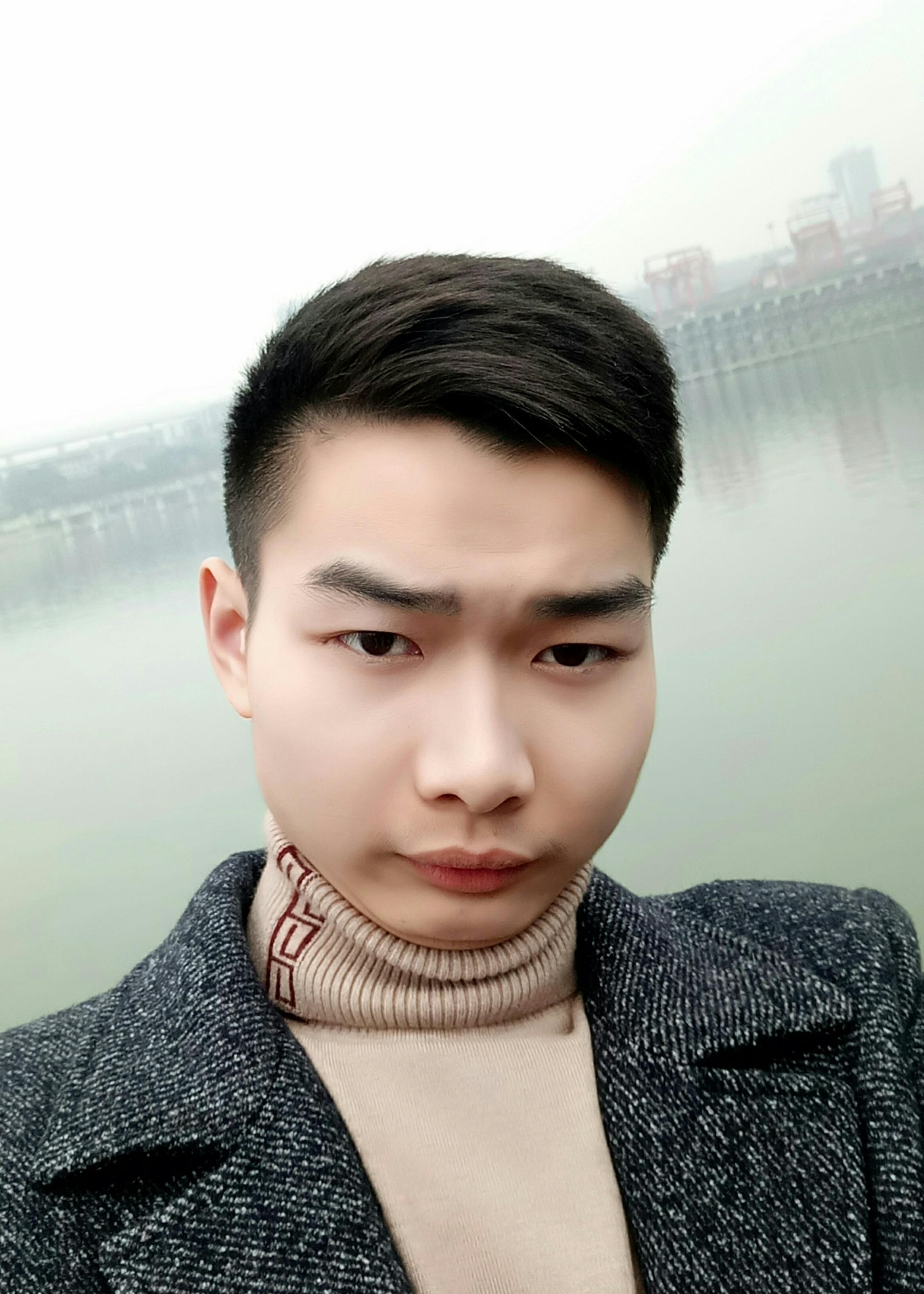 沙坪坝家教蒋教员