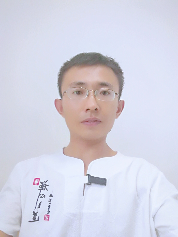 龙华家教陈教员