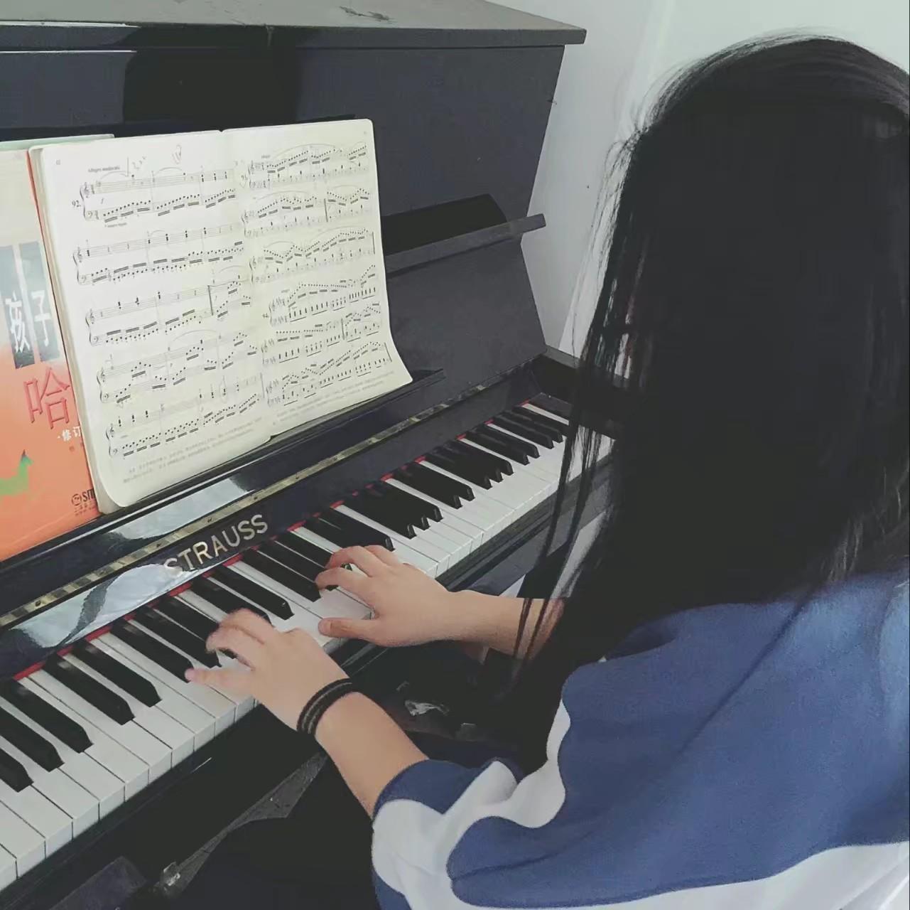虹口家教陶老师