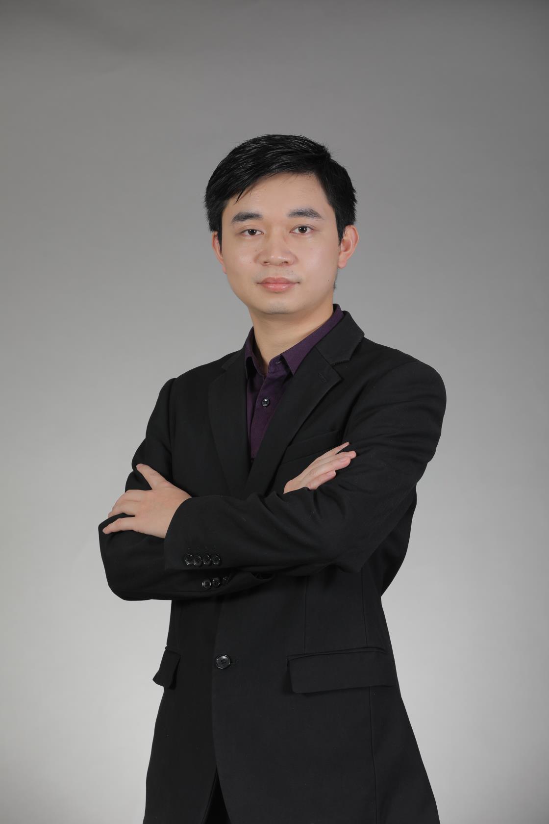 上海家教郑老师
