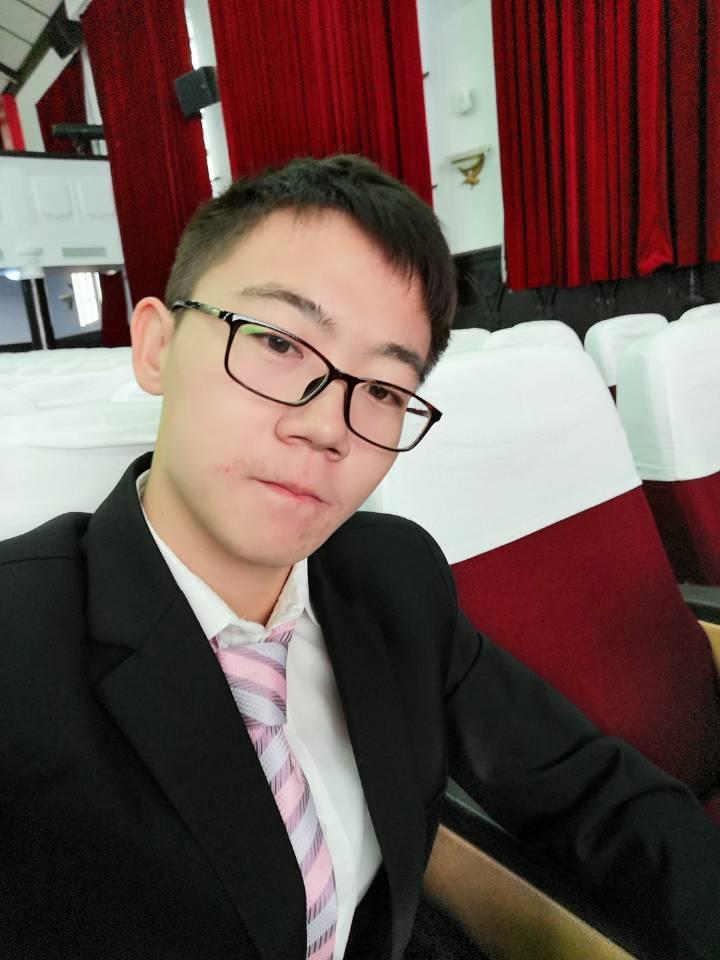 杨浦家教陈老师