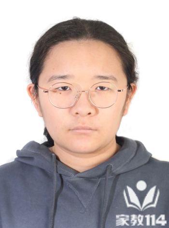 范教员 照片