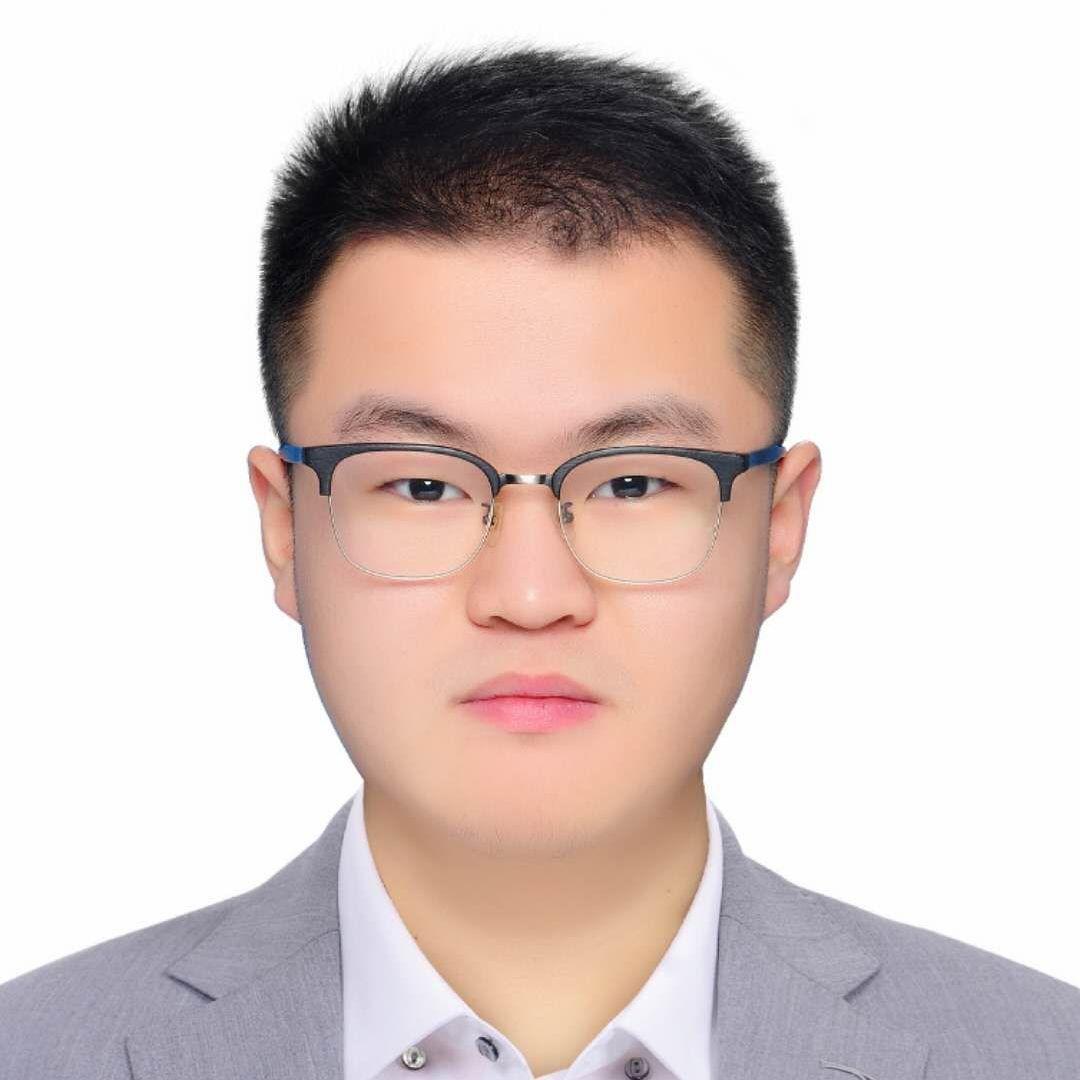 上海家教逯老師
